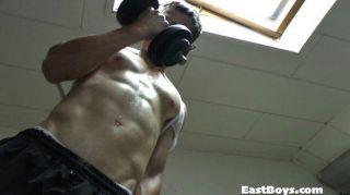 Muscle Worship Adventure