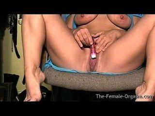 Milf With Big Tits And Fleshy Wet Pussy Masturbating