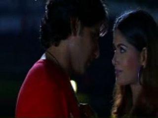 South Indian Actress Hottest Kiss Scene - (savitabhabi.mobi)