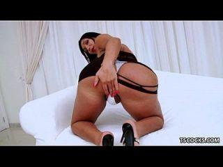 Ts Sabrina Suzuki Jerking Off Her Huge Cock