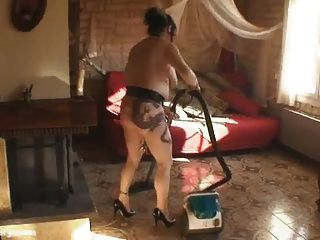 hausfrau kelly nackt