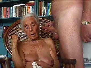 Pervert Granny Lover 2