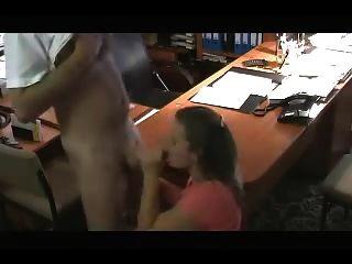 Cogiendo A La Secretaria