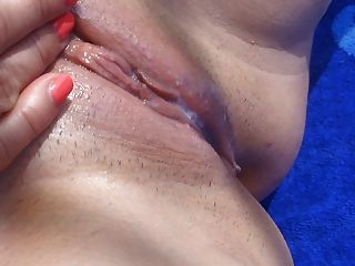 Very Wet Pussy  Porn