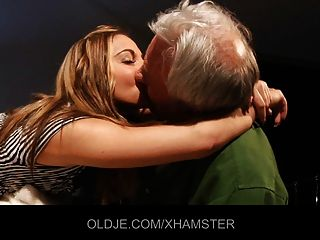 Young Girl Teaches Old Man Kissing And Fucking