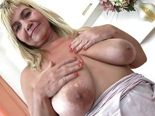 Old Bbw With Saggy Tits Still Loves To Masturbate