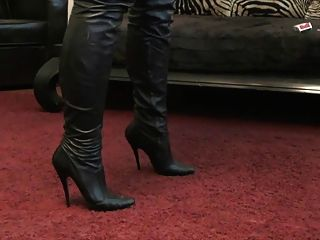 German Mistress In Leather Joi