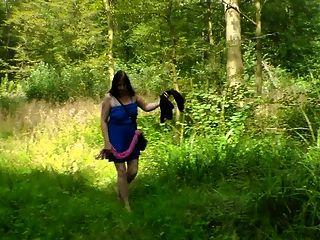 Mylene Dans Le Bois