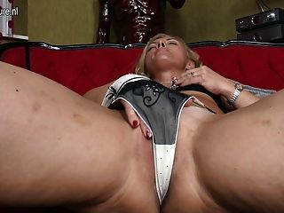 Sexy Mother Hungry For A Good Fuck