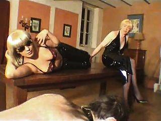 Maitresse dominatrice claudiacuir fisting slave rick - 5 9