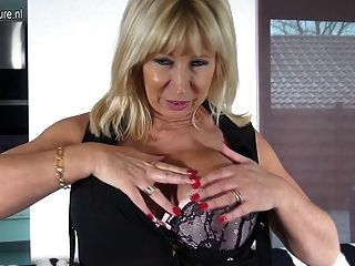 Mature Dutch Mom Playing With Her Shaved Pussy