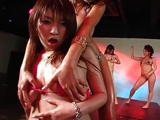 Daiya & Japan Gogogirls Sexy Micro Bikini Group Dance