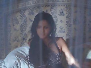 Sunny Leone - Jism 02