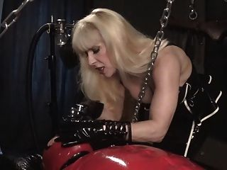 Breath Control By Rubber Latex Mistress Madame C