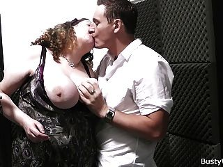 He Bangs Curly-haired Bbw At Work
