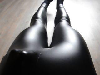 Cum In Shiny Wetlook Leggings