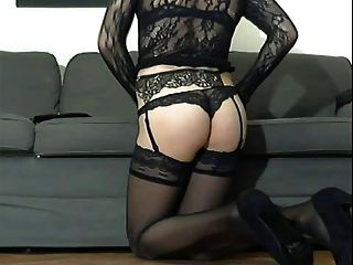 Cd With A Fantastic Body In Lingerie