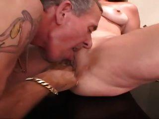 Older Guy Fucks Amateur Milf