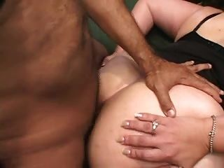 Mature With Big Ass Like Anal
