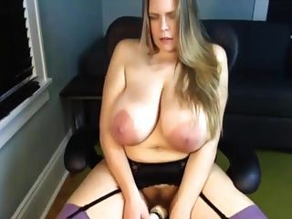 A Primer - Mature Mom Saggy Big Huge Natural Tits Masturbate