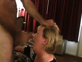 Wife Sucks Off Stranger In His Motel