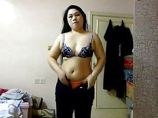 Juliet Delrosario Filipino Pornstar Shocked Video