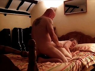 32yo British Ex-gf Takes Slow Anal And Gives Plenty Of Queef