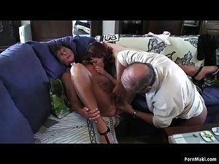 grannys Young hole licks girl ass