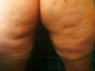 Bbw Pisses In The Shower