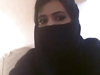 Amateur Muslim Hijab Bigtits