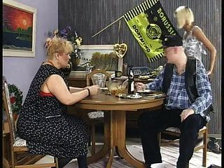 Familie Matuschek - Die Verfickte Hochzeit.avi.mp4 Openload.