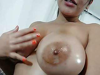 big boobs unrasiert