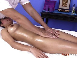 Big Titty Oil And Pussy Massage
