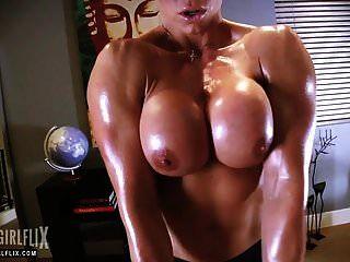 Muscle Girl With Massive Dick Futanari Fantasy