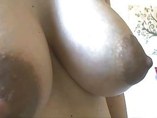Pregnant Playing With Big Milk Tits And Squirt On Leggings