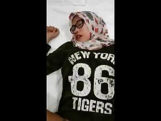Indonesia Girl Hijabs Porn 2018