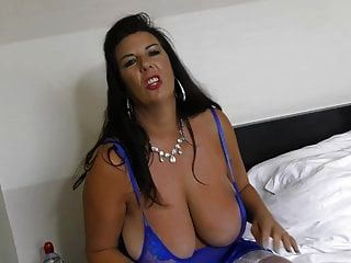Gorgeous Mature Mother With Big Saggy Tits
